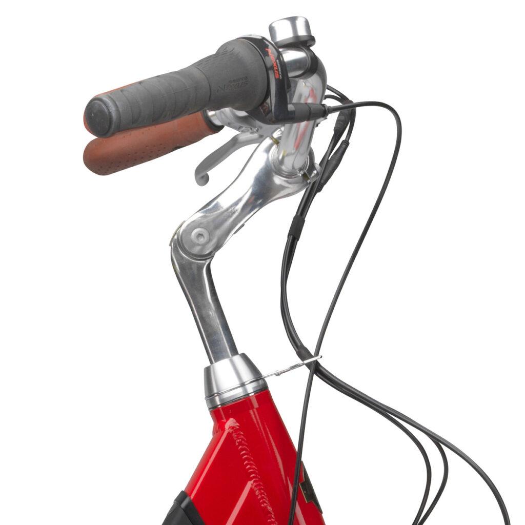 styr på en mustang-emotion-dame-elcykel-med-7-gear-roed-med-integreret-batteri-og-gaa-funktion-3