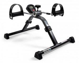 Digital pedaltræner med omdrejningstæller